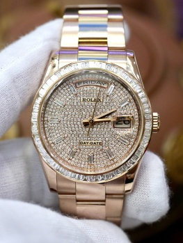 Rolex Day-Date 118235 Full Diamonds Baguette Option New 98%