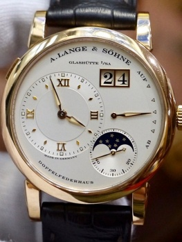 A. Lange & Sohne Lange 1 Moonphase 109.032 New 98%
