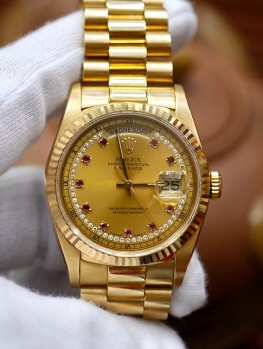 Rolex Day-Date 18238 Diamond String and Ruby Dial New 97%