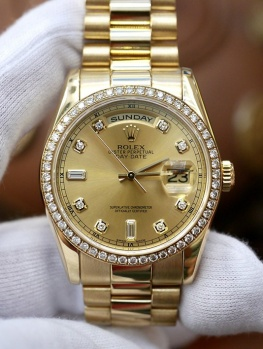 Rolex Day-Date 118348 Champagne Diamond Bezel New 98%