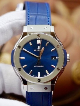 Hublot Classic Fusion Titanium Xanh Navy 38mm New 100% Fullbox 2019