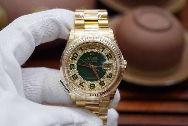 Rolex Day-Date 118238 Limited...