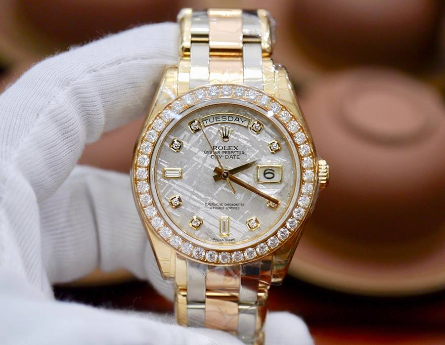 Rolex Day-Date Special Edition 18948 Mặt Thiên Thạch New 100% Fullbox 2017